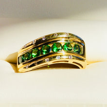 Tsavorite Garnets, Ring, approx. 1ct of Top Quality, Vivid Color, Diamonds, 18k gold, Size 8