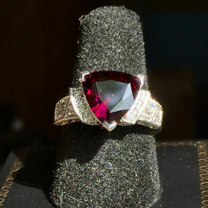 4 ct. Rare, Plum Colored Rhodolite Garnet Ring, 14 KWG, Mozambique