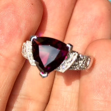 Does garnet come in plum color? Yes, but rare.