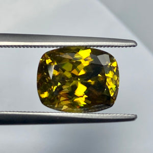 Golden Sphene, 4.38 ct. Full Fire, Precision Master Cut, VVS