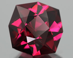Malaia Garnet, Pyralspite, 5.23 ct. Purplish Pink, Octagon Master-Cut In United States, Malaya