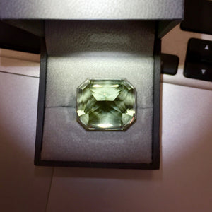 Back of gem. most expensive topaz Tussoan Imperial Green, Tzar's Royal Mines, 80 flawless, untreated carats