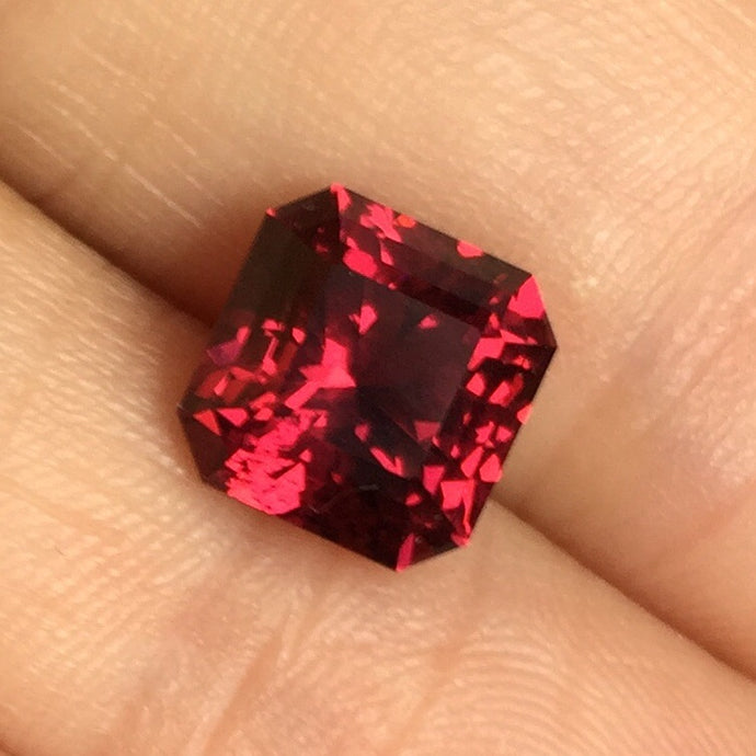Malaia Garnet, 3.82 ct., Color-Shift, Squared Octagon, Modified Step Cut, Malaya