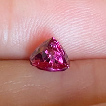Malaya Garnet, 1.24 ct. Round Brilliant, Reddish Pink, East Africa