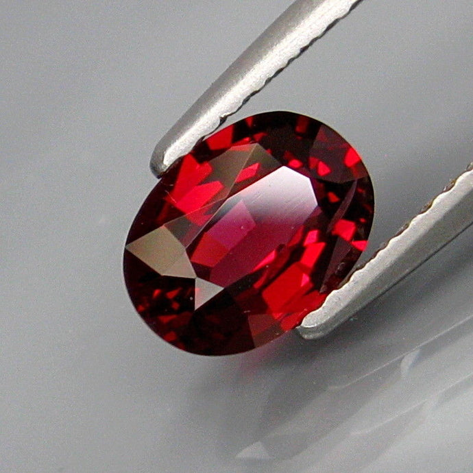 Spinel, 1.07 ct. Red, Oval, Sri Lanka