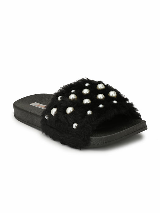 fur slides - embellished with pearls - Zachho