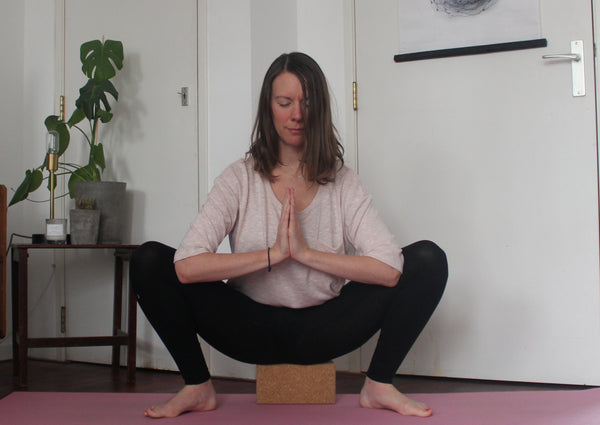yogi squat, pelvic floor exercises in pregnancy yoga