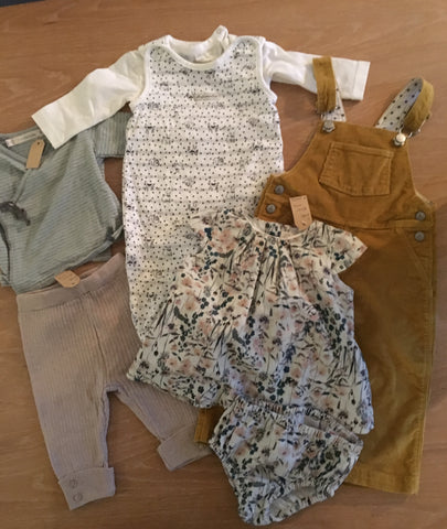 Second hand baby clothes from Oud West Amsterdam