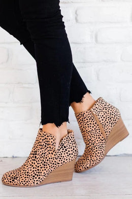 Cognac Cheetah Print Booties