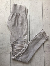 Vintage Cool Grey Leggings