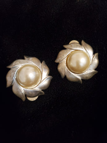 Swirl vintage earrings - Vedazzling Accessories
