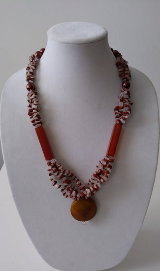 Mckenzie Red agate chipped Love- Vedazzling Accessories