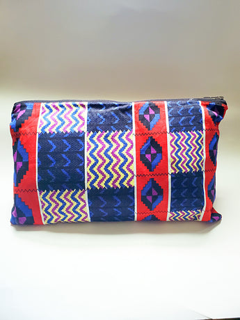 Vibrant Vibes Vedazzling Clutch