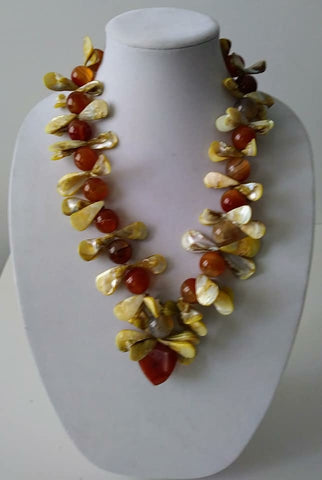 McKenzie Agate w Akoya Pearls Necklace