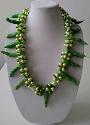 Mckenzie Mutant Green Pearls Necklace-Vedazzling Accessories