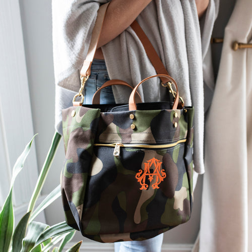 South of Hampton: Codie Camo Tote