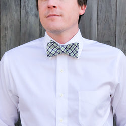 Collared Greens: Men's Bow Tie (Gameday Green and Blue)
