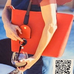 A'propos Day Spa: Wine Purse - SB Shop