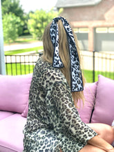 Load image into Gallery viewer, Leopard Hair Scarf