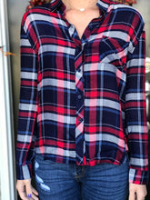 Load image into Gallery viewer, Classic Plaid Button Down