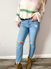 Load image into Gallery viewer, Boyfriend Jeans