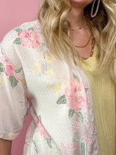 Load image into Gallery viewer, Flirty Floral Cardigan