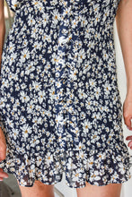 Load image into Gallery viewer, Daisy Days Dress