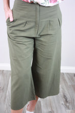 Load image into Gallery viewer, Olive a High Waist Pant