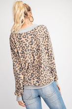 Load image into Gallery viewer, Pre-Order Leopard Knit Top