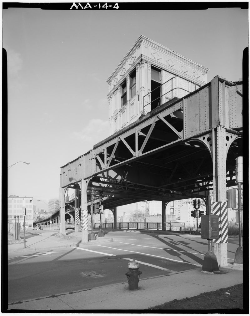 Washington Street Elevated, Tower D, 1982