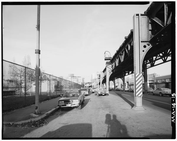 Washington Street Elevated, at Wilkes Street, 1982