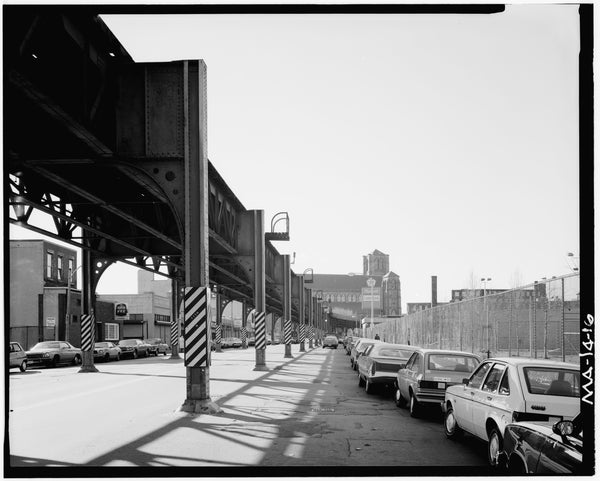 Washington Street Elevated, at Peters Park Looking South, 1982