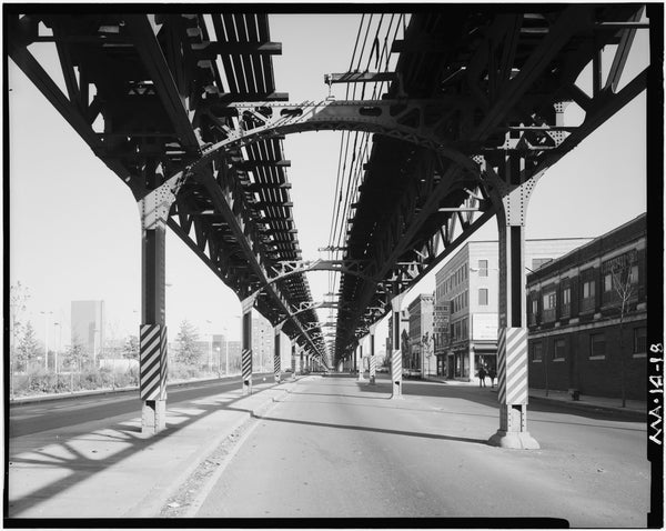 Washington Street Elevated, at Arnold Street, 1982