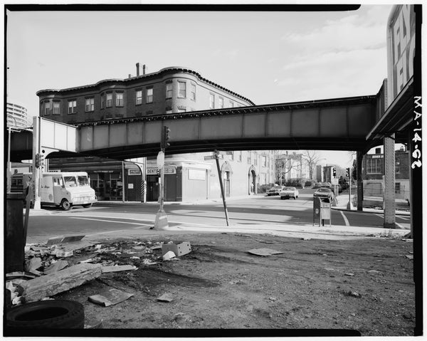 Washington Street Elevated, at School Street, 1982