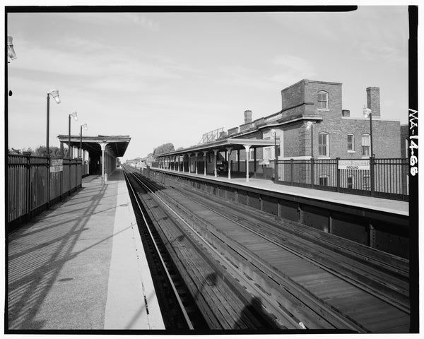 Green Street Station, Platforms Looking North, 1982