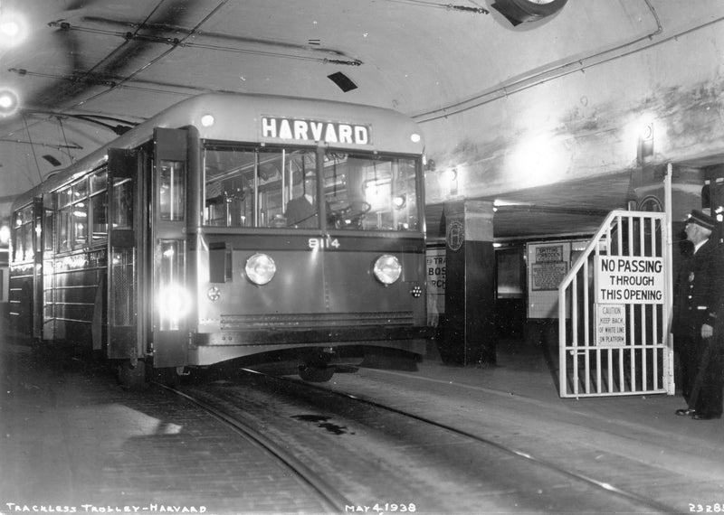 Trackless Trolley at Harvard Station, May 4, 1938