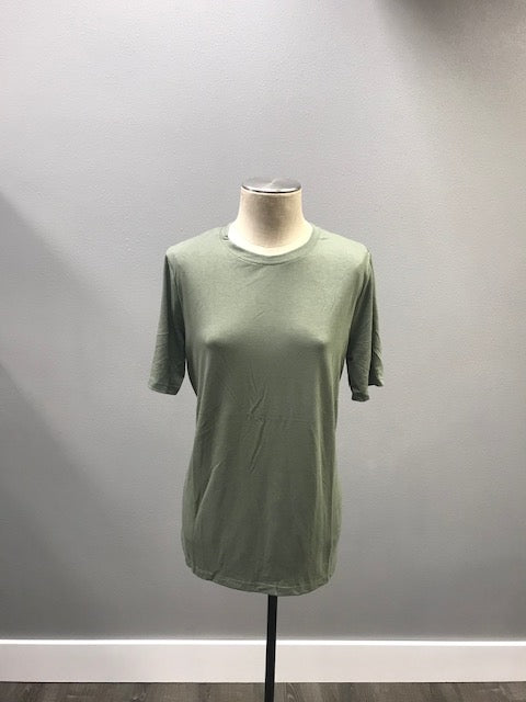 Finnley Curvy Tee