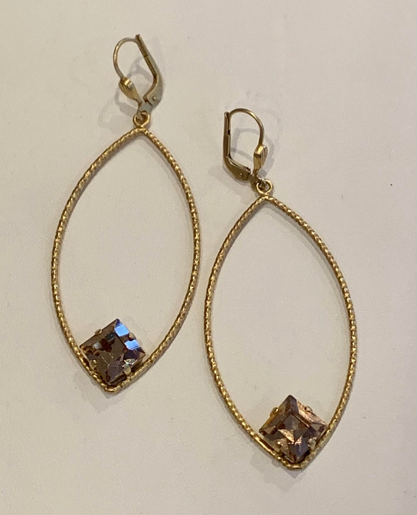 La Vie Parisienne Marquise Hoop with Square Crystal
