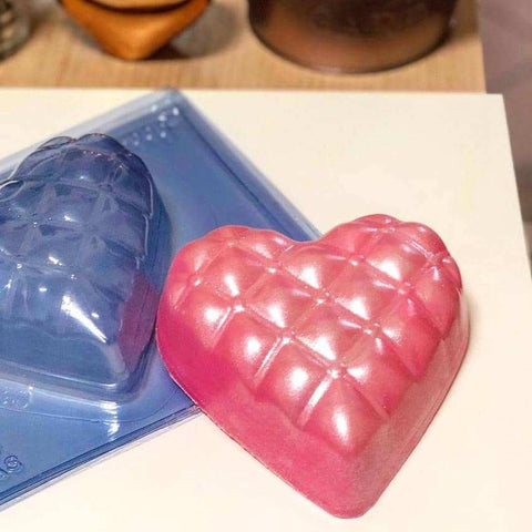Image of Large Heart Pillow Chocolate Mold (500g Shell) - ViaCheff.com