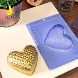 Matelassé Heart 350G Chocolate Mold