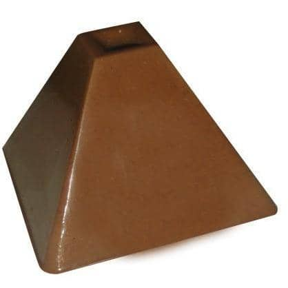 Image of Pyramid Bonbon Chocolate Mold - ViaCheff.com