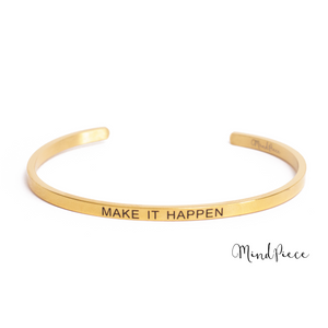 Gouden bangle quote armband met tekst Make it Happen