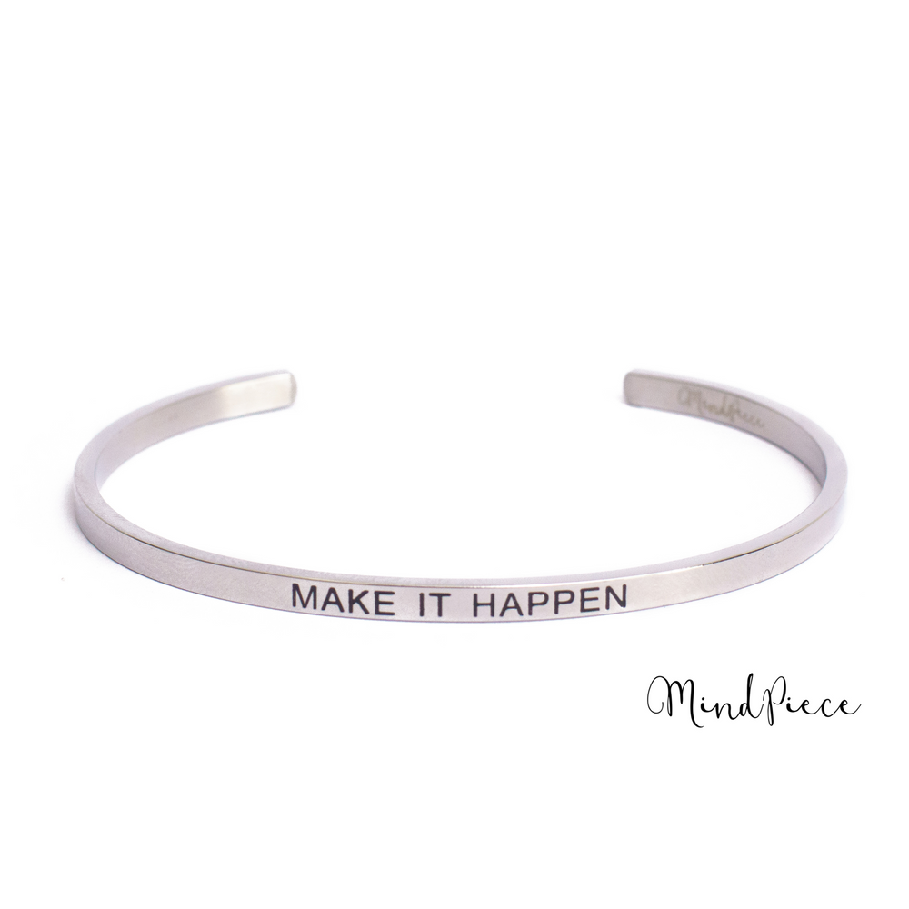 Zilveren bangle quote armband met tekst Make it Happen