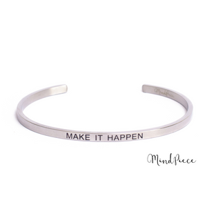 Laad afbeelding in Gallery viewer, Zilveren bangle quote armband met tekst Make it Happen