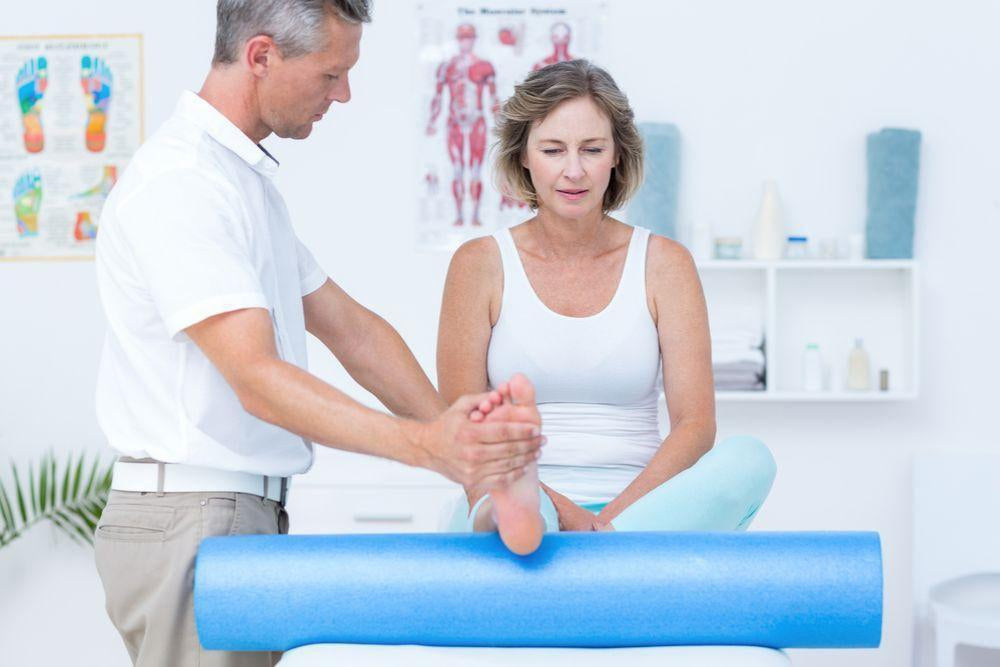 Best Sprained Ankle Treatment to Improve Recovery Speed-Essential Wellness