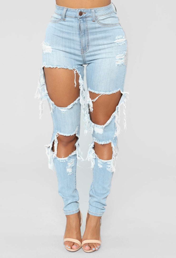Donna Ripped Denim Jean