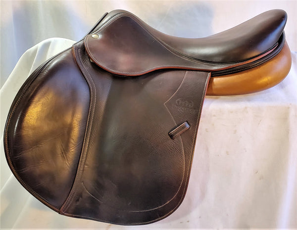 "17"" 1A Devoucoux Biarritz Premium - On Trial - May Become Available"