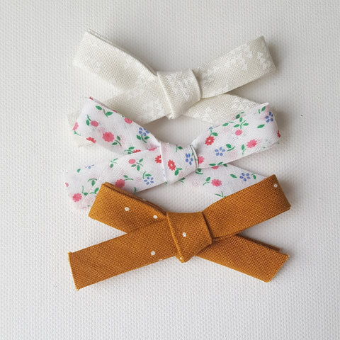 Set of 3 | Vintage Floral Hand Tied Bows | Nylon Headband - One Size Fits All | Photo Prop