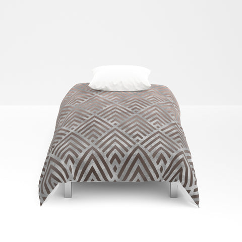 Rosegold foil triangles on grey grunge Duvet Cover