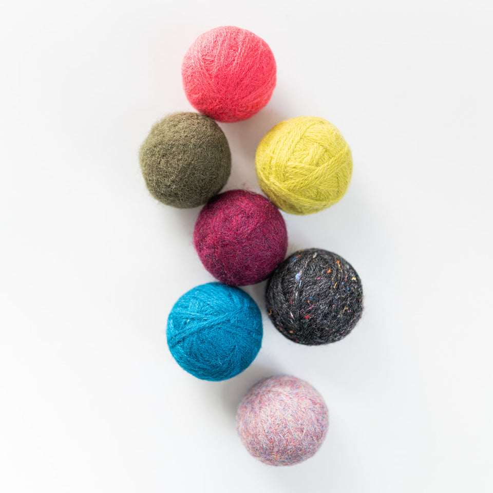 Yarn Wrapped Dryer Balls (2-pack)